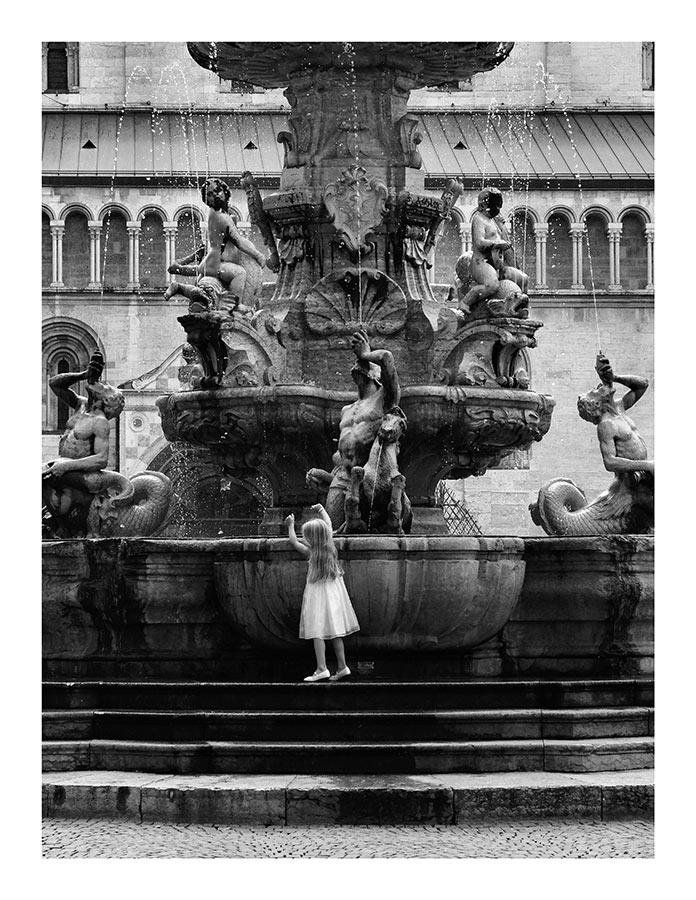Trento-Fontana-del-Nettuno-w