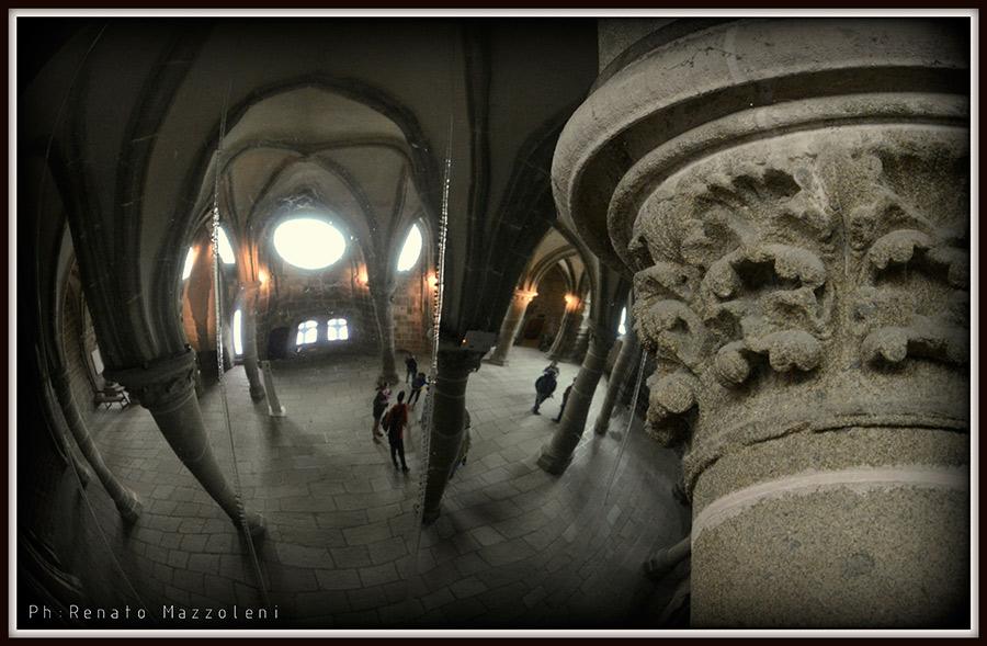 Mazzoleni_Renato_Mont_Saint_Michel_Pilastri_Sferici